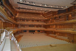 montreal-symphony-house-1233739_1280