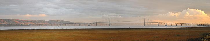 Bridge to Ile d'Orleans Photo by: Antoine Letarte CC BY-SA 3.0
