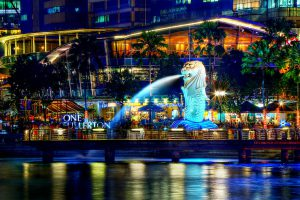 A Night Perspective on the Singapore Merlion Photo by: Erwin Soo CC BY 2.0