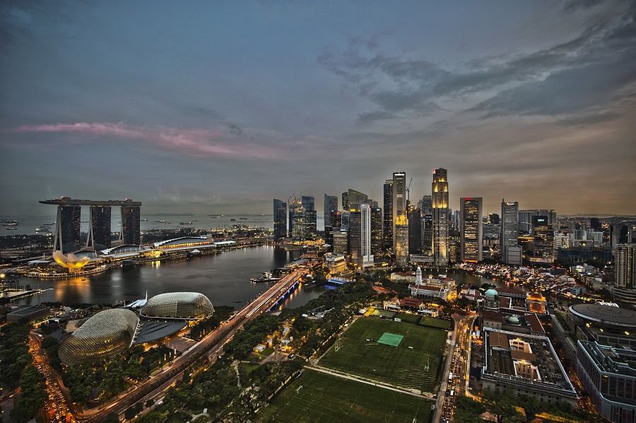 1_singapore_city_skyline_dusk_panorama-resized
