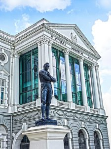Singapore, Hdr, Victoria Theatre with statue of Sir Thomas Stamford Raffles