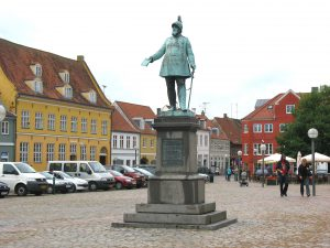 Koge, Statue of King Frederik VII by H.W. Bissen Photo by: Hubertus45 CC BY-SA 3.0